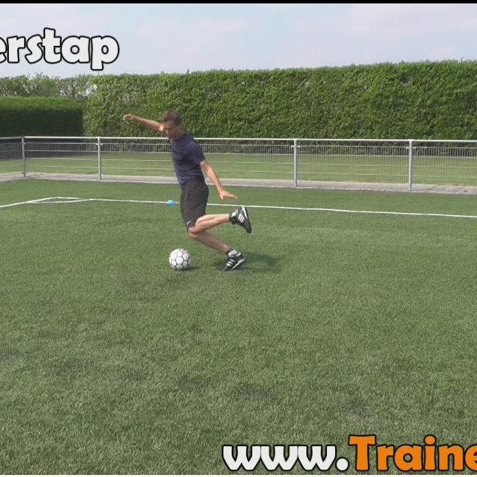 https://www.voetbaljeugdplan.nl/videos/F03F04-BasisBewegingen_thumbnail.png